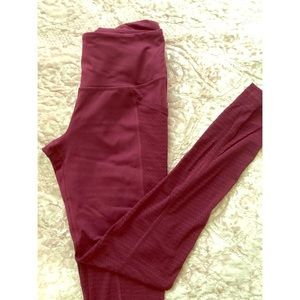 Fuchsia Victoria's Secret sport leggings